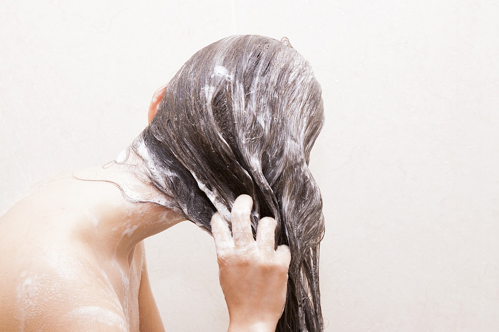 wash your hair after coloring